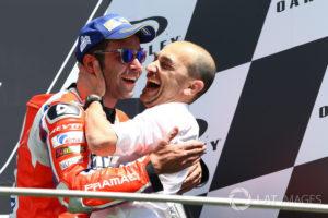 Danilo Petrucci e Claudio Domenicali sul podio del Mugello 2017